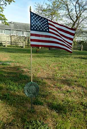 Flag and marker